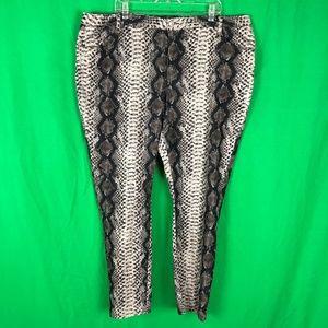 Ashley Stewart 24 Jeans Skinny Snake Print Jeans